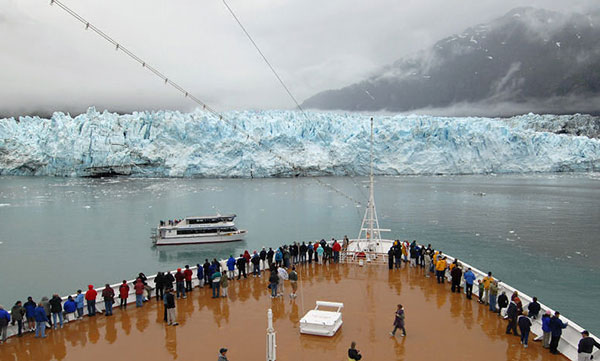 Holland Ship Glacier Bay